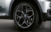 Double Spoke 215 Black R21